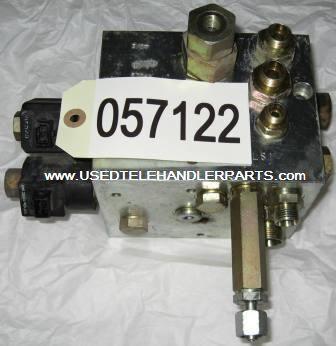 Hydraulický rozvaděč MERLO (057122) spare parts for MERLO wheel loader